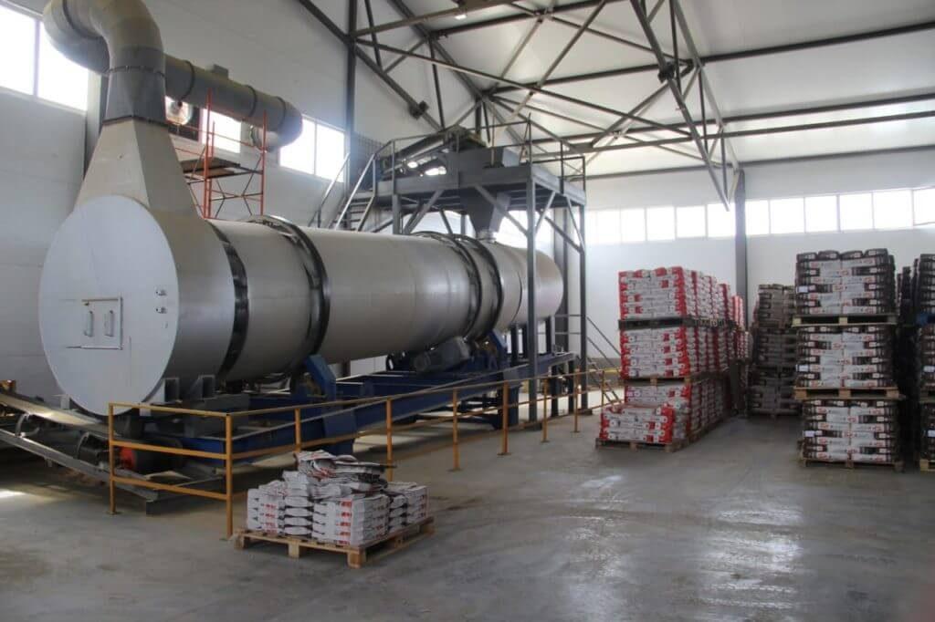 Ацетон в производстве строительных материалов