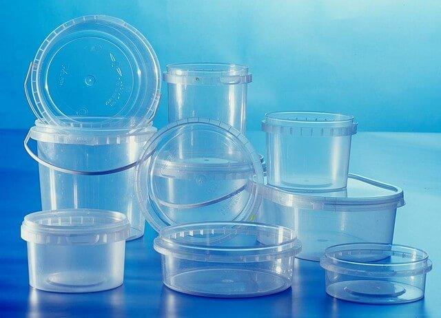 Триацетин в изготовлении пищевого пластика